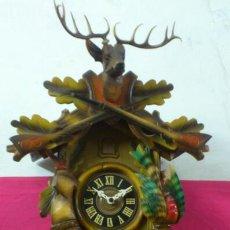 Relojes de pared: . RELOJ DE CUCO EN MADERA, MAQUINARIA REGULA. MADE IN GERMANY. GRAN TAMAÑO. FUNCIONANDO. Lote 39436024