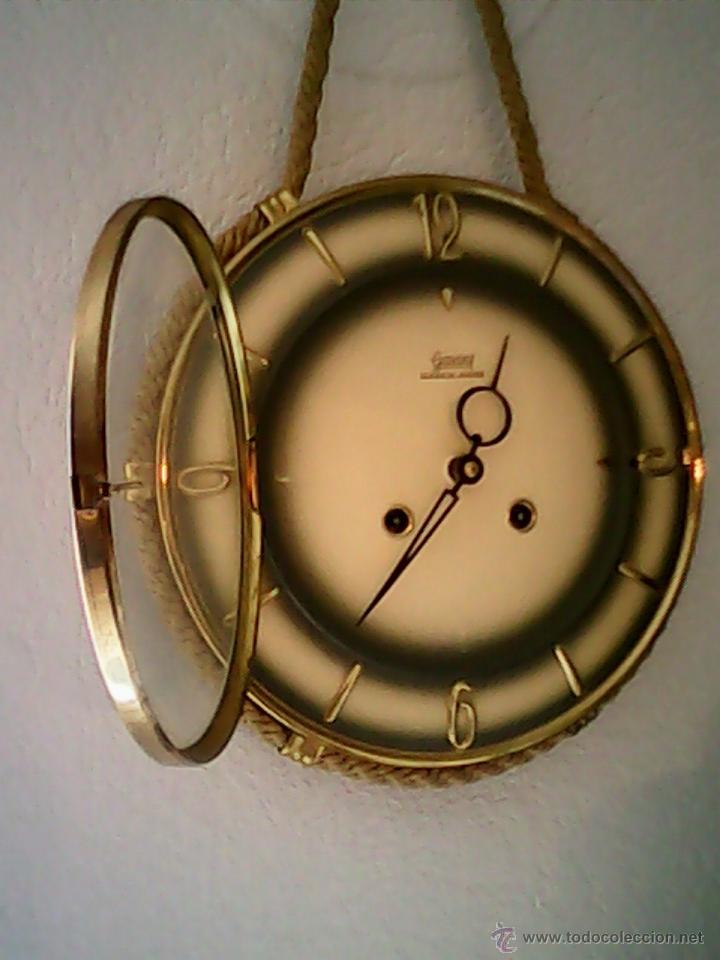 Relojes de pared: ANTIGUO RELOJ DE PARED, CARGA MANUAL.DE LOS AÑOS , 50.MARCA Jarant,SCHWEBE,ANKER HECHO,LATÓN DORADO. - Foto 2 - 39770880