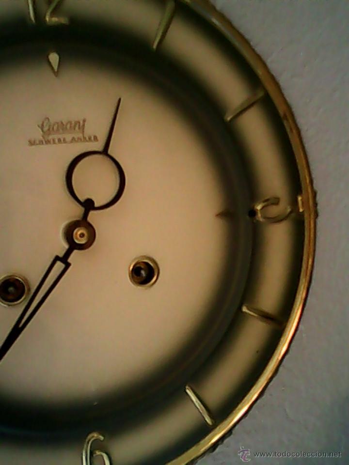Relojes de pared: ANTIGUO RELOJ DE PARED, CARGA MANUAL.DE LOS AÑOS , 50.MARCA Jarant,SCHWEBE,ANKER HECHO,LATÓN DORADO. - Foto 4 - 39770880