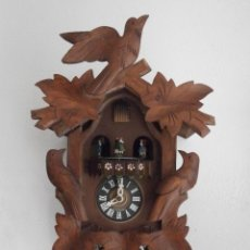 Relojes de pared: RELOJ ANTIGUO PARED ALEMÁN CUCU PÉNDULO 3 PESAS CON CAMPANADAS CANTO CUCU Y MELODÍA MÚSICAL CON VALS. Lote 42272900
