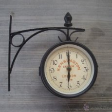 Relojes de pared: RELOJ DE PARED DOBLE CON SOPORTE TIPO ESTACIÓN. Lote 96036431