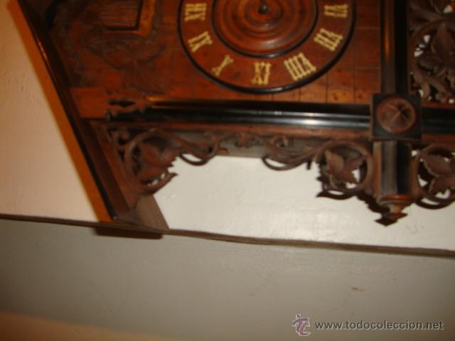 Relojes de pared: EXCELENTE RELOJ CUCU EN MADERA DE NOGAL, ORIGINAL FUNCIONA PERFECTO. - Foto 8 - 43599583