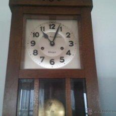 Relojes de pared: PRECIOSO RELOJ DE PARED VIUDA DE VASCONCELLOS ALMAGRO. Lote 45756979