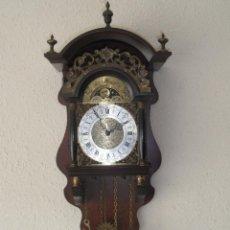 Relojes de pared: ANTIGUO RELOJ HOLANDÉS CON FASES LUNARES. Lote 45988153