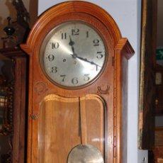 Relojes de pared: MUY BONITO RELOJ DE PARED MODERNISTA. Lote 46570891