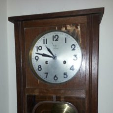 Relojes de pared: JUNGHANS, RELOJ DE PÉNDULO DE PARED. CIRCA 1925. PARA REPASO. CAJA DE NOGAL.. Lote 47996701