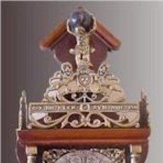 Relojes de pared: RELOJ DE PARED HOLANDES CON PESAS *- MARCA: WUBA (EN LA MAQUINARIA) ORIGEN ZAANDAM. Lote 49758937