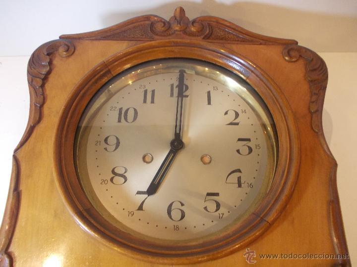 Relojes de pared: ANTIGUO RELOJ DE PARED EN MADERA NOBLE DE PRINCIPIOS DE SIGLO XX - Foto 3 - 50146659