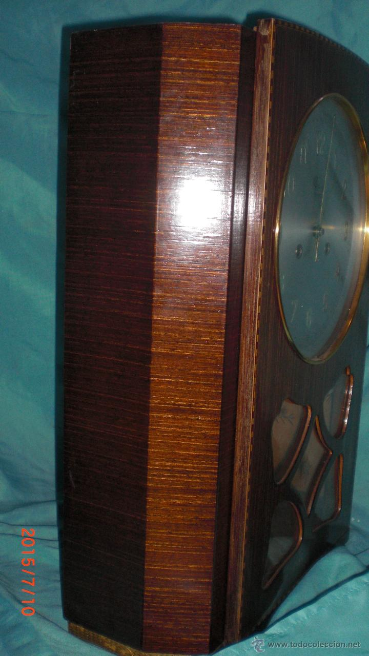 Relojes de pared: RELOJ PARED CARGA MANUAL LLAVE CUERDA VALY GIJON JOYERIA CON PENDULO CRISTAL MADERA CALIDAD - Foto 9 - 117220952