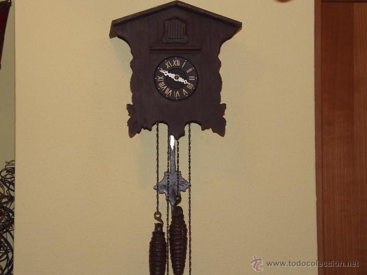 RELOJ CUCU HECHO EN GDR,TOTALMENTE MECÁNICO Y FUNCIONAL.ESPECIAL PARA COLECCIONISTAS. (Relojes - Pared Carga Manual)