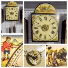 Relojes de pared: ANTIGUO RELOJ DE PARED ESTILO RATERA CON MADERA POLICROMADA. Lote 51611886