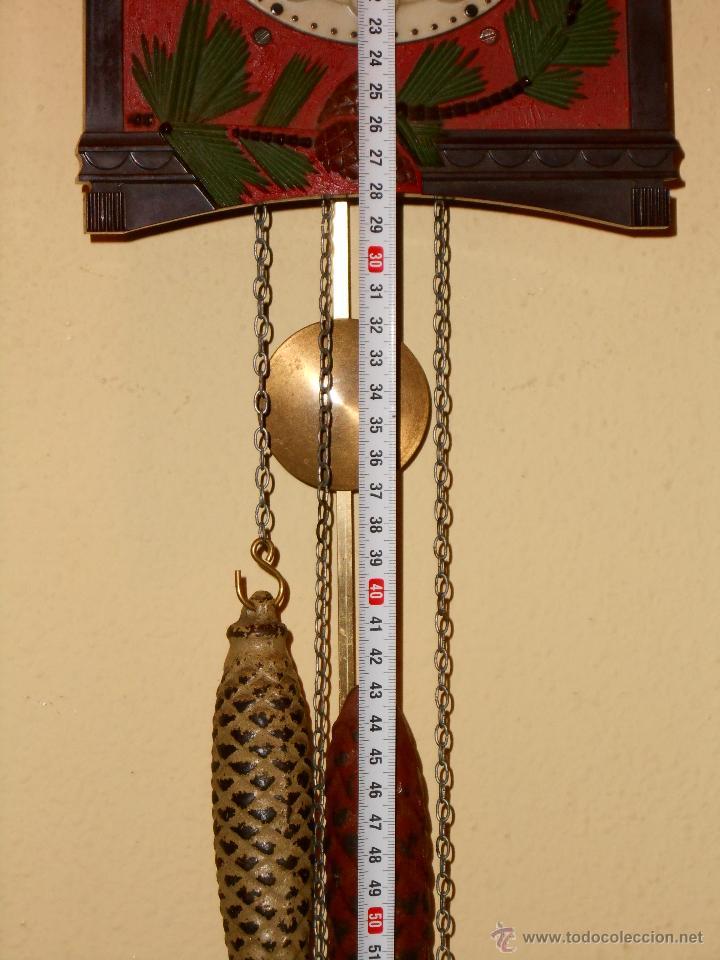 Relojes de pared: BONITO Y RARO RELOJ CUCU HECHO EN LA ANTIGUA UNIÓN SOVIETICA(USSR),TOTALMENTE MECÁNICO Y FUNCIONAL. - Foto 3 - 53831927