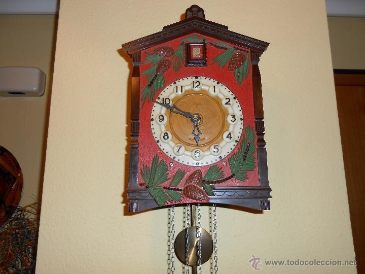 Relojes de pared: BONITO Y RARO RELOJ CUCU HECHO EN LA ANTIGUA UNIÓN SOVIETICA(USSR),TOTALMENTE MECÁNICO Y FUNCIONAL. - Foto 4 - 53831927