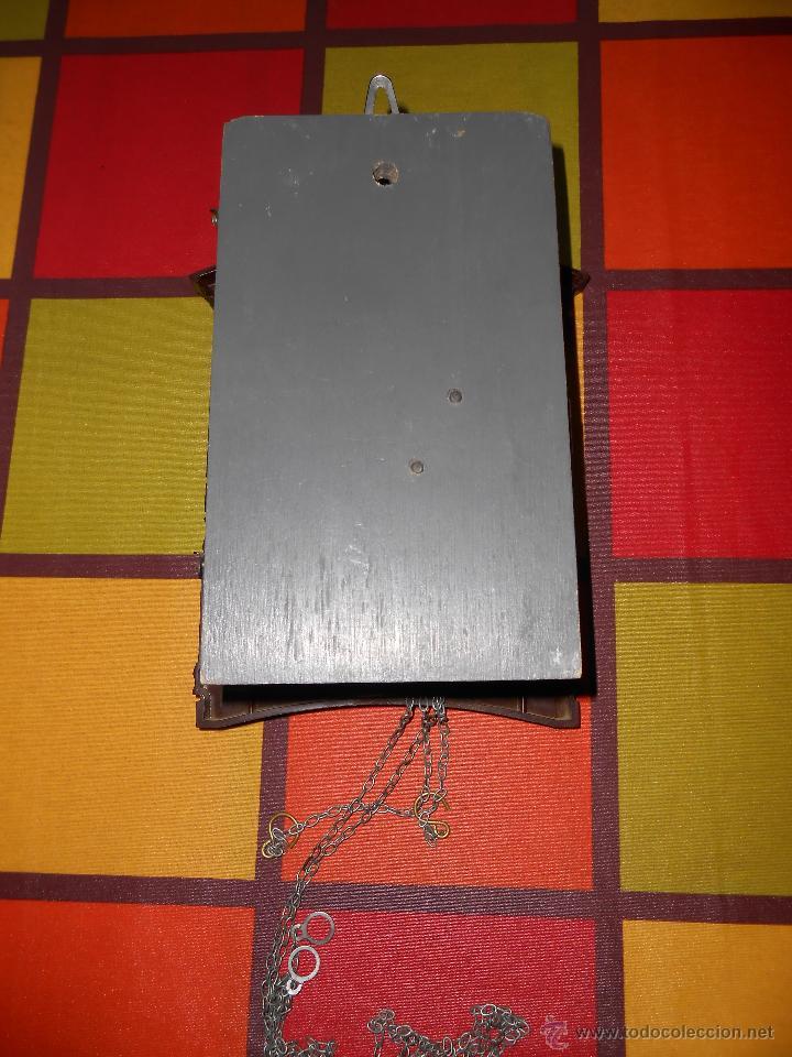 Relojes de pared: BONITO Y RARO RELOJ CUCU HECHO EN LA ANTIGUA UNIÓN SOVIETICA(USSR),TOTALMENTE MECÁNICO Y FUNCIONAL. - Foto 12 - 53831927