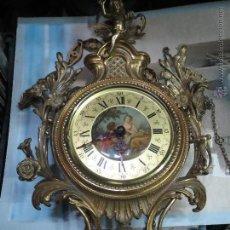 Horloges murales: ANTIGUO RELOJ DE PARED LA FUENTE,LAFUENTE EN BRONCE CON PESAS,ESFERA PINTADA.. Lote 54416591