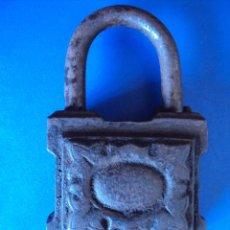 Relojes de pared: (ANT-1479)ANTIGUO CANDADO SIGLO XIX CON LLAVE. Lote 54653724