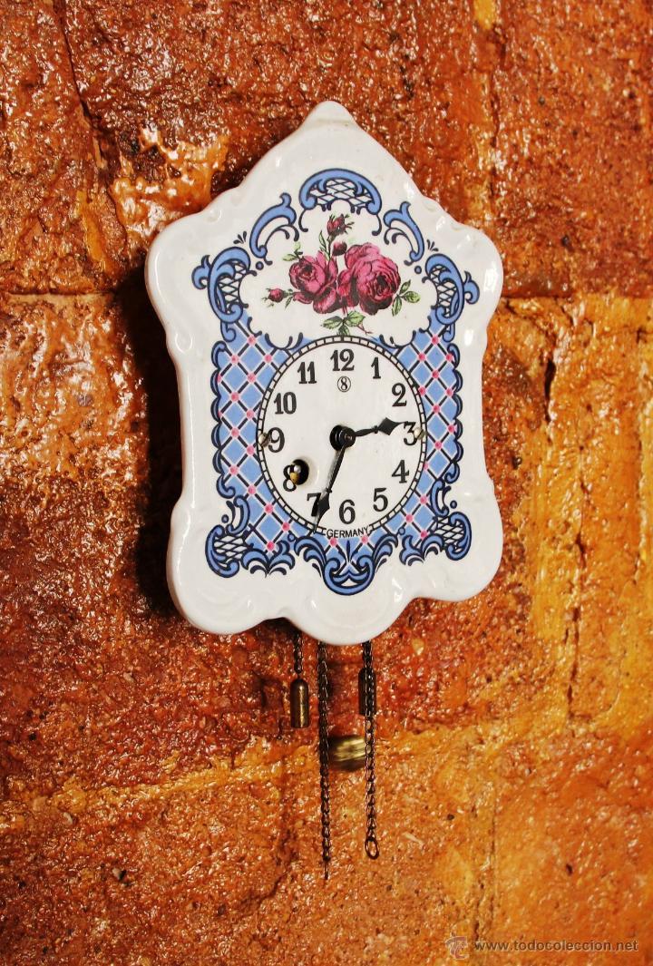Relojes de pared: PEQUEÑO RELOJ DE PORCELANA ALEMAN - Foto 2 - 55035266