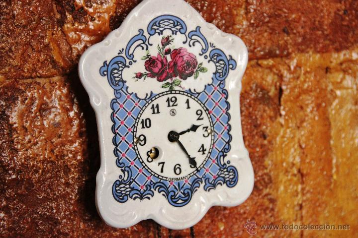 Relojes de pared: PEQUEÑO RELOJ DE PORCELANA ALEMAN - Foto 4 - 55035266