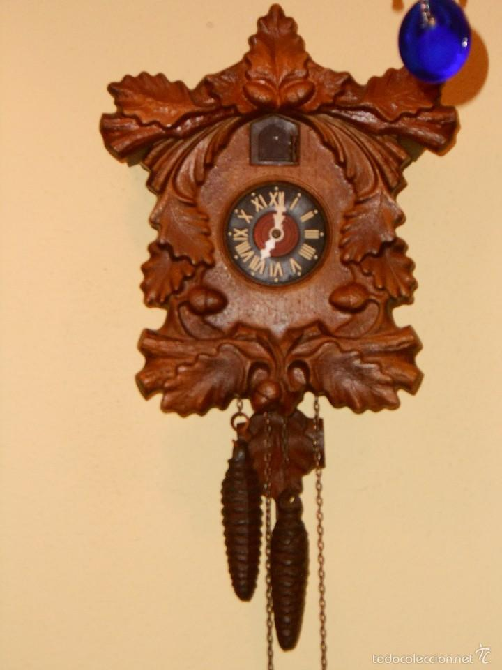 RARO RELOJ CUCU HECHO EN GDR,TOTALMENTE MECÁNICO Y FUNCIONAL. (Relojes - Pared Carga Manual)
