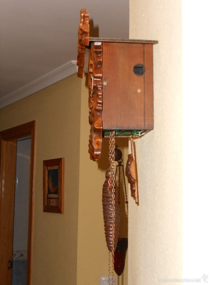 Relojes de pared: RARO RELOJ CUCU HECHO EN GDR,TOTALMENTE MECÁNICO Y FUNCIONAL. - Foto 5 - 177422257