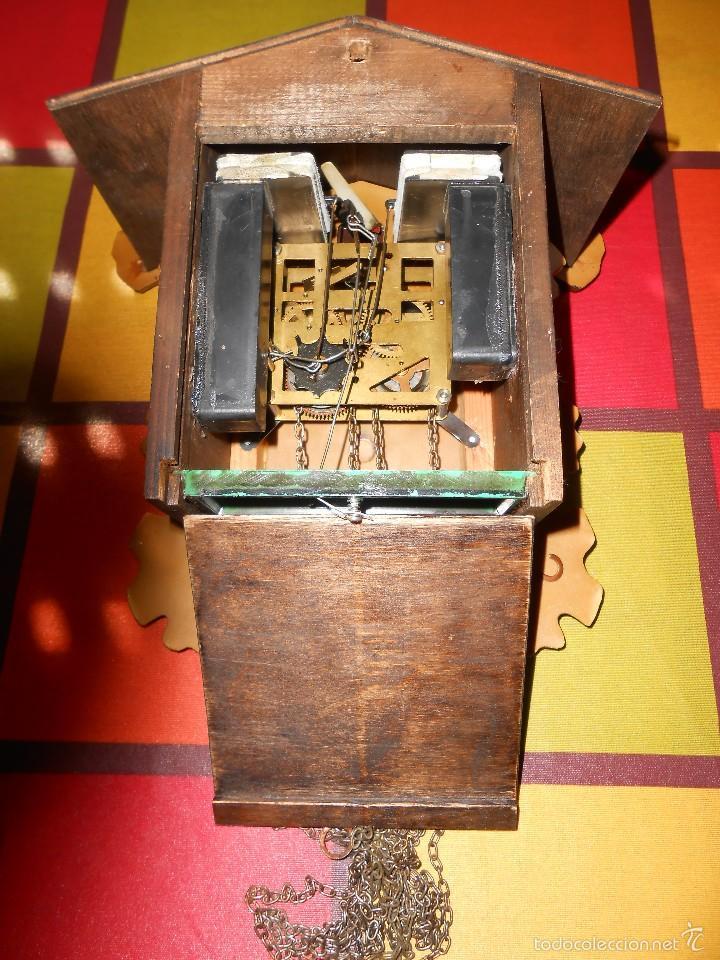 Relojes de pared: RARO RELOJ CUCU HECHO EN GDR,TOTALMENTE MECÁNICO Y FUNCIONAL. - Foto 8 - 177422257