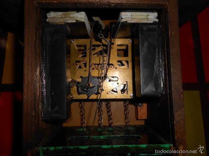 Relojes de pared: RARO RELOJ CUCU HECHO EN GDR,TOTALMENTE MECÁNICO Y FUNCIONAL. - Foto 9 - 177422257