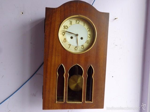 MUY ANTIGUO (PRINCIPIOS 1900) Y BONITO RELOJ A CUERDAS Y SONERIA DE HORAS Y MEDIAS FUNCIONANDO (Relojes - Pared Carga Manual)