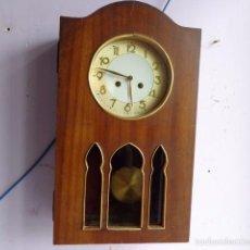 Relojes de pared: MUY ANTIGUO (PRINCIPIOS 1900) Y BONITO RELOJ A CUERDAS Y SONERIA DE HORAS Y MEDIAS FUNCIONANDO. Lote 56250863