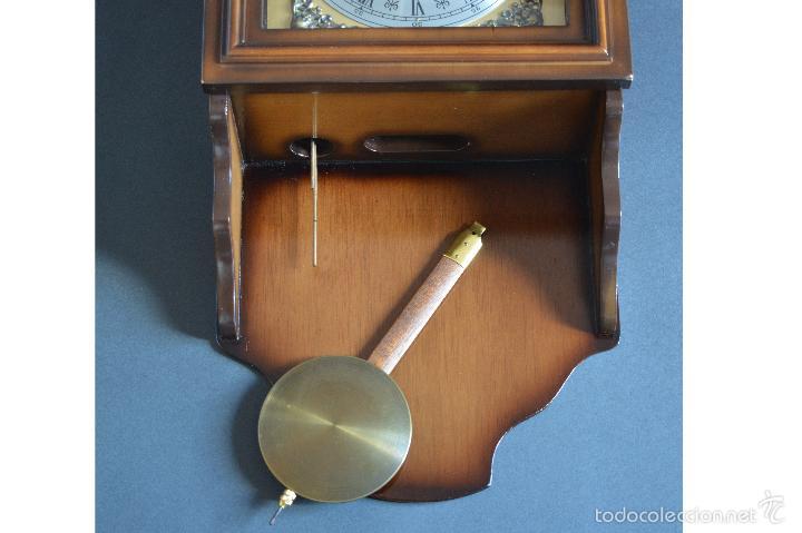Relojes de pared: EXCEPCIONAL ANTIGUO RELOJ DE PARED CON SONERIA J. PASTOR 1940 CARGA MANUAL Y CAJA DE NOGAL - Foto 5 - 56802694