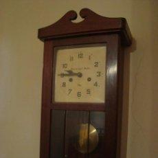 Relojes de pared: RELOJ DE PARED - VIGO - VDA. DE JOSÉ F. MEILÁN. Lote 98652399