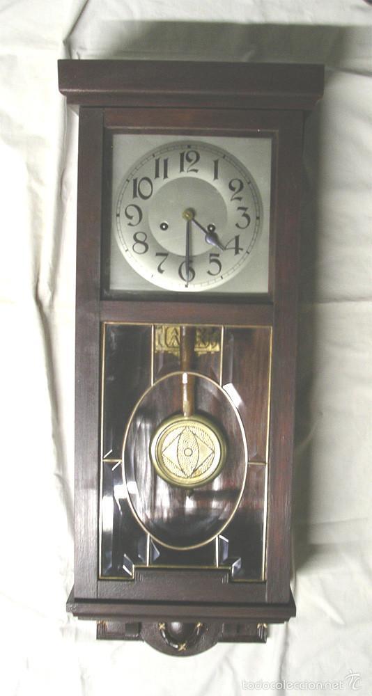 RELOJ PARED POST MODERNISTA, FUNCIONA, SONERIA MEDIAS Y HORAS, COMPLETO. MED. 28 X 14 X 80 CM (Relojes - Pared Carga Manual)