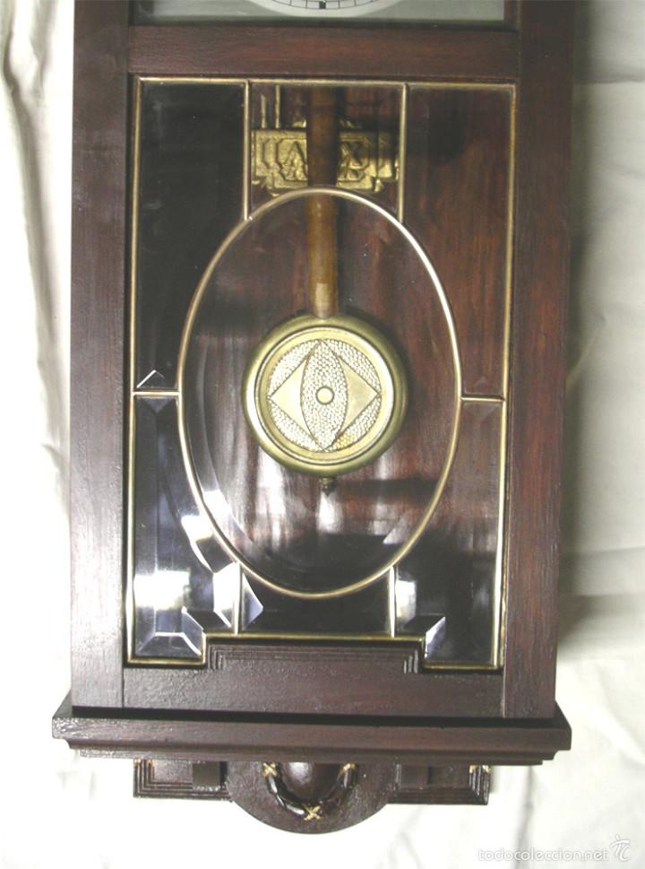 Relojes de pared: Reloj pared post modernista, funciona, soneria medias y horas, completo. Med. 28 x 14 x 80 cm - Foto 3 - 57997899