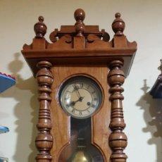 Relojes de pared: RELOJ CENTENARIO CAJA TALLADA ROBLE AMERICANP. Lote 58569099