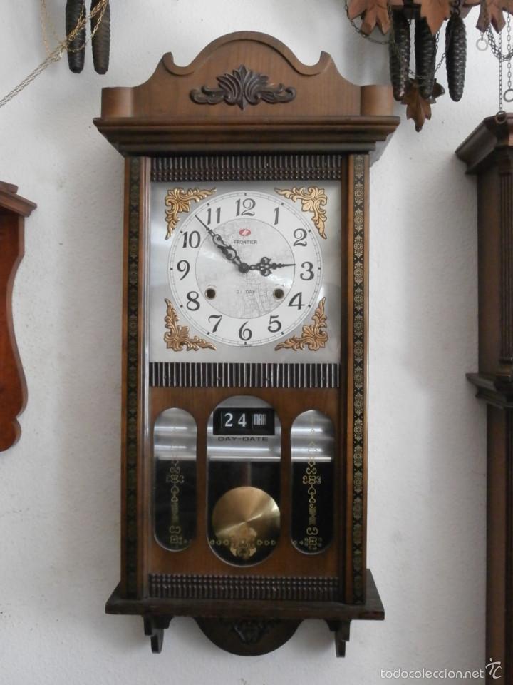 Reloj antiguo de pared mec nico cuerda dura 31 comprar for Relojes de pared antiguos de pendulo