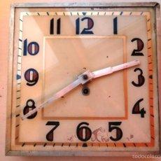 Relojes de pared: ANTIGUO RELOJ PARED CON MAQUINARIA TRASERA. Lote 59208690