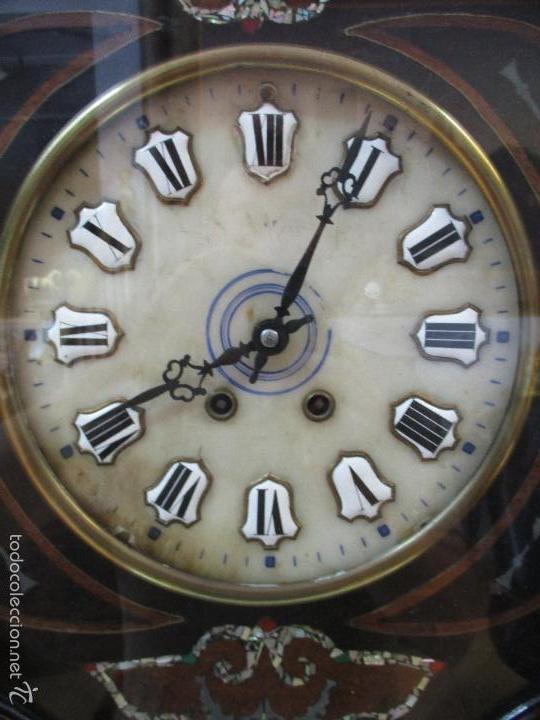Relojes de pared: Reloj de Pared - Isabelino - Marquetería en Nácar - Esfera de Alabastro - Maquina París - Funciona - Foto 4 - 60943755
