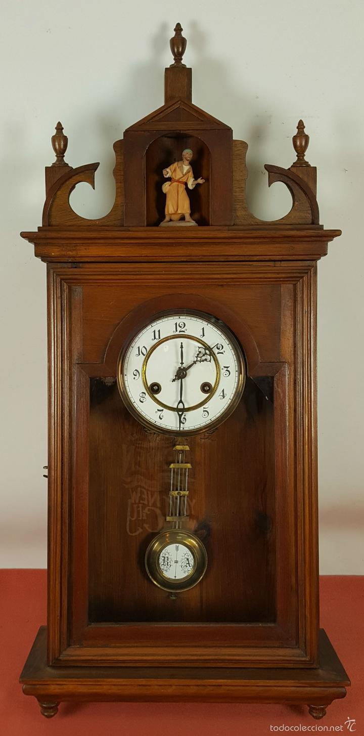 RELOJ DE PARED EN MADERA. MAQUINARIA PHILIP HASS SOHN. ALEMANIA. SIGLO XIX-XX. (Relojes - Pared Carga Manual)