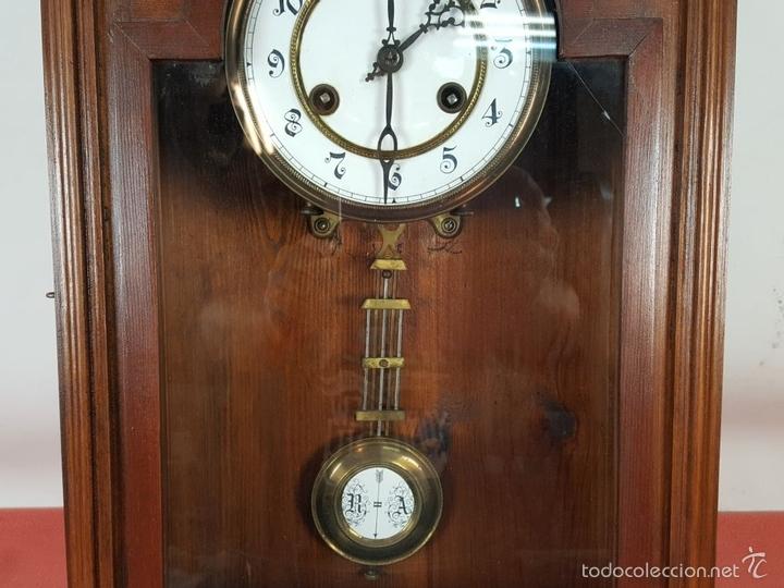 Relojes de pared: RELOJ DE PARED EN MADERA. MAQUINARIA PHILIP HASS SOHN. ALEMANIA. SIGLO XIX-XX. - Foto 5 - 139578352