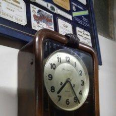 Relojes de pared: ANTIGUO RELOJ DE PARED, A CUERDA. CON SONERIA. FUNCIONANDO.. Lote 61037438