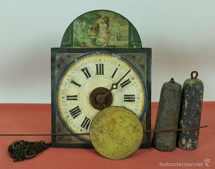 RELOJ DE PARED O RATERA EN MINIATURA. FRONTAL POLICROMADO. ALEMANIA. SIGLO XIX (Relojes - Pared Carga Manual)