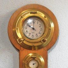 Relojes de pared: RELOJ, HYGROMETRO, HIGROMETRO, FAHRENHEIT CELSIUS, CON TRES OJOS DE BUEY. Lote 61710956