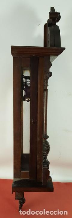 Relojes de pared: RELOJ DE PARED. MUEBLE EN MADERA DE NOGAL. CARL WERNER. ALEMANIA. SIGLO XIX. - Foto 9 - 62578452