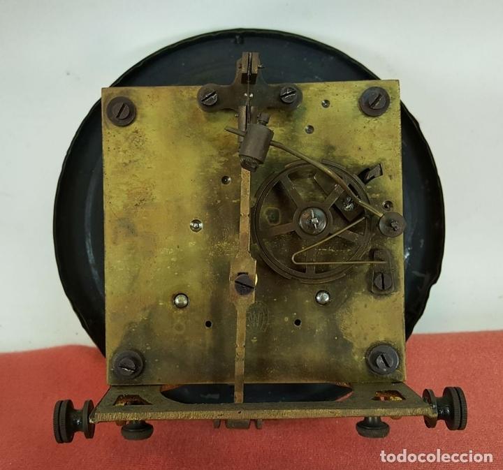 Relojes de pared: RELOJ DE PARED. MUEBLE EN MADERA DE NOGAL. CARL WERNER. ALEMANIA. SIGLO XIX. - Foto 16 - 62578452