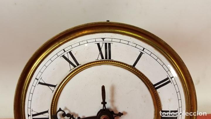 Relojes de pared: RELOJ DE PARED. MUEBLE EN MADERA DE NOGAL. CARL WERNER. ALEMANIA. SIGLO XIX. - Foto 18 - 62578452
