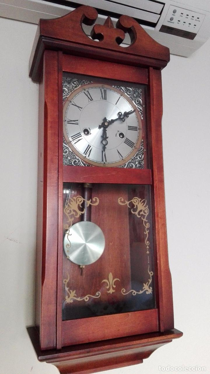 Antiguo reloj de pared a cuerda con pendulo vendido en - Relojes de pared ...