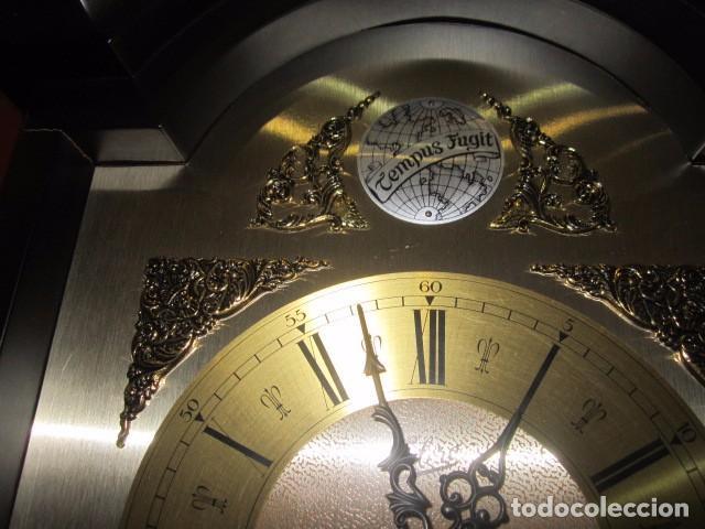 Relojes de pared: Reloj de pared Telcro con sonería horas y medias. Funcionando. 32 x 16 x 91 cms. altura. - Foto 4 - 64015635