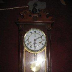 Relojes de pared: RELOJ DE MADERA. Lote 64850775