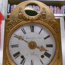 Relojes de pared: ANTIGUO RELOJ MOREZ CON CARCASA, SIN PENDULO NI PESAS NI LLAVE. 26X40X15 CMS. DESCONOZCO SI FUNCIONA. Lote 67140625
