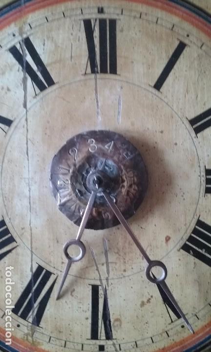 Relojes de pared: RELOJ TIPO RATERA SIGLO XVIII, CON PESAS FORMA DE PIÑA Y PENDULO SELLO MARCA DE FABRICA - Foto 3 - 68374473