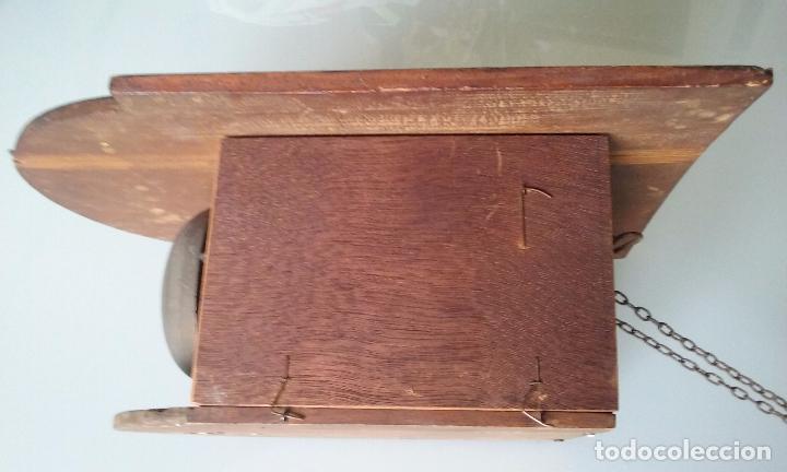 Relojes de pared: RELOJ TIPO RATERA SIGLO XVIII, CON PESAS FORMA DE PIÑA Y PENDULO SELLO MARCA DE FABRICA - Foto 16 - 68374473